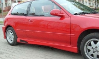 Накладки на пороги (внешние) обвеса Millenium для Honda Civic 1992-1995 г.в.