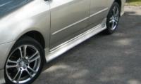 Накладки на пороги (внешние) для Toyota Corolla E12 2001-2006 г.в. седан